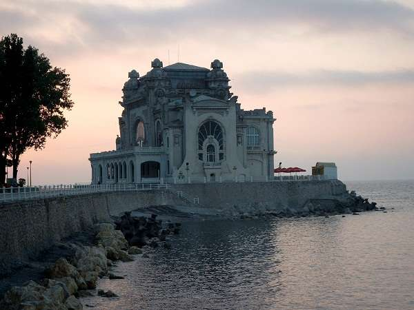 A third tender to renovate and consolidate the building of the Constanta Casino, at the Romanian seaside, was contested by one of the bidders