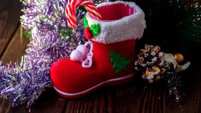 Sperăm ca Sfântul Nicolae să ne aducă bucurii și o iarnă cât mai frumoasă! Felicită tuturor celor care-i poartă numele!
